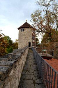 Der Wehrgang auf der Mühlhäuser Stadtmauer.